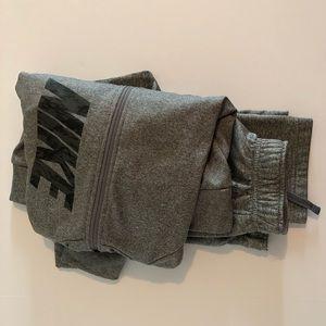 Boys Nike jacket & pant set grey/black sz medium